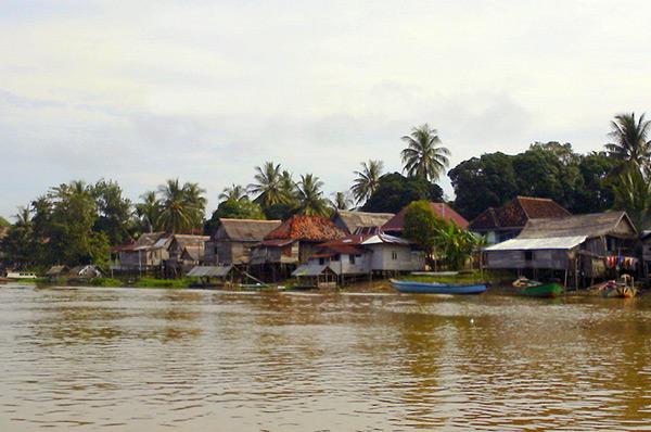Rumah Panggung (www.southsumatratourism.com)